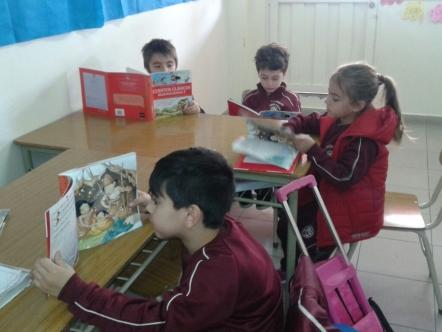 Leemos cuentos clásicos regionalizados con 1°B